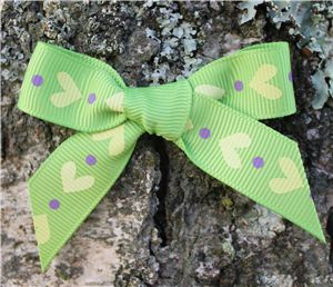 Love Heart Ribbon - Apple Green