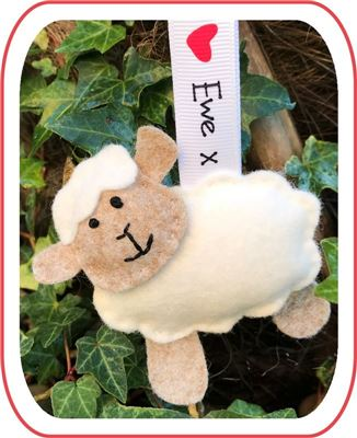 I love Ewe Kit - Sheep White